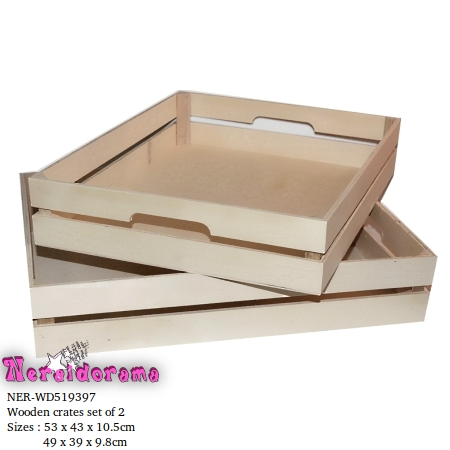Wooden crates set of 2