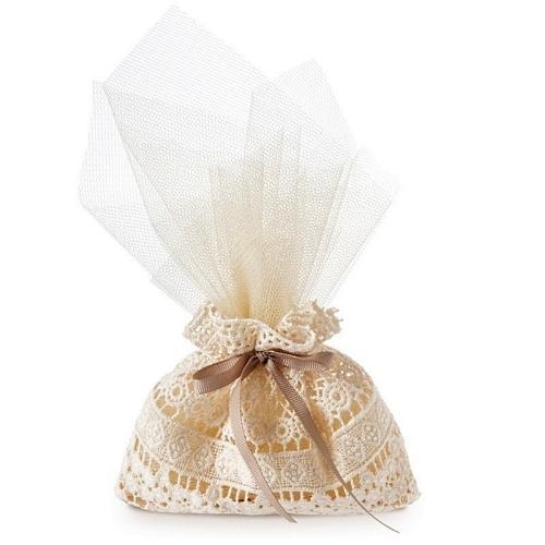 Lace wedding bomboniera