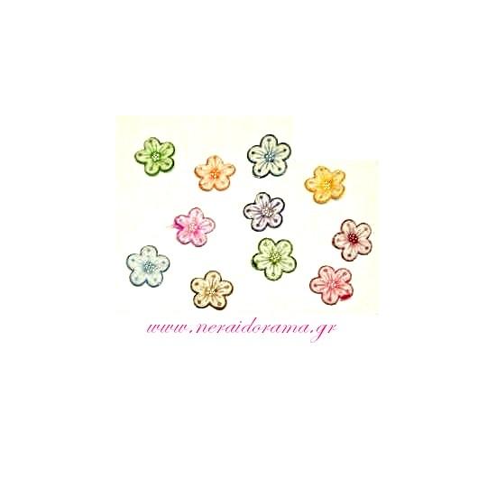 Μοτίφ λουλουδάκια