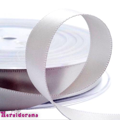 Κορδέλα σατέν διπλής όψης 25mm x 50μ. Ασημί