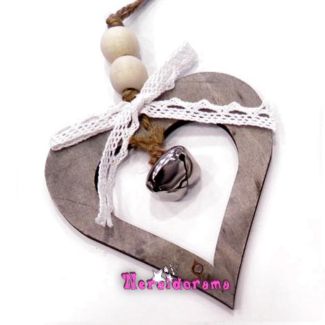Ξύλινη κρεμαστή καρδιά