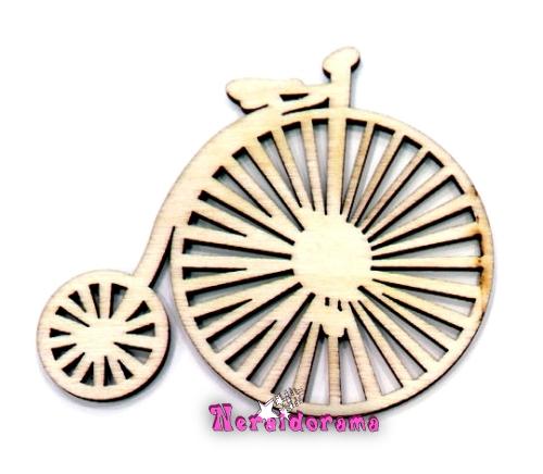 Ξύλινο ποδηλατάκι ρετρό μεσαίο
